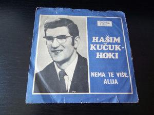 Singlica; Hašim Kučuk Hoki