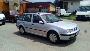 VW golf 4 TDI 1.9 2004 god EKSTRA STANJE  Tek registrov