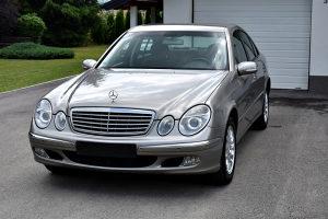Mercedes E220 CDI *ELEGANCE*NAVI*PDC*