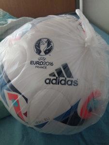 Fudbalska lopta Adidas Euro 2016 France
