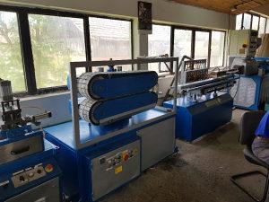 Masina za proizvodnju PVC roletne-extruder-