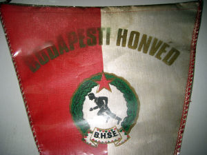 Stara zastavica BUDAPESTI HONVED