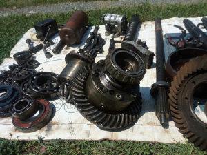 Dijelovi od traktora URSUS 35