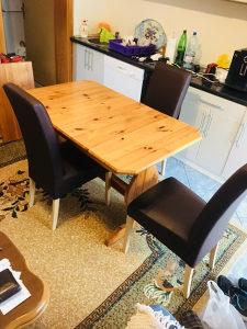 Trpezariski stol i 3 stolice