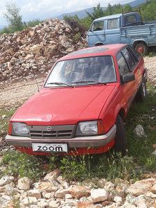 Opel askona 16