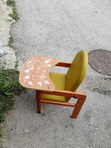 Stolica za hranjenje djece 15KM