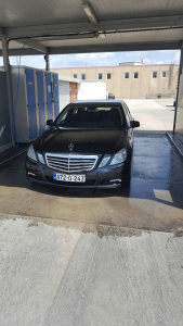 Mercedes-Benz w212 E 220 170 ks