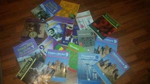 Prodajem knjige za 8. i 9. razred osnovne skole