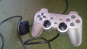 Dzojstik za PlayStation 2