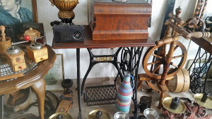 Starine antikviteti masina za sivenje Singer 1869 g.