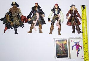 Pirati s Kariba figurice i karte