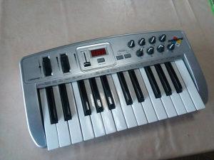 MINI klavijature kontroler Oxygen 8 midiman