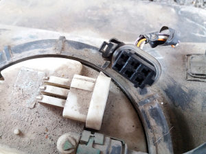 Pumpa goriva plovak rezervoar renaut twingo reno tvingo