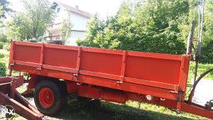 Traktorska prikolica jednoosovinka