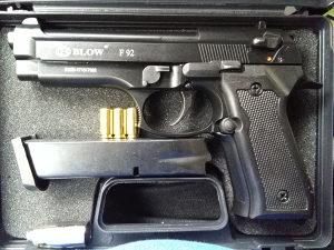 Pistolj startni,plinski..Blow 9 mm.