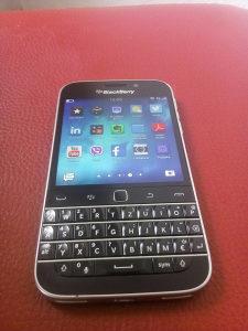 Blackberry clasic