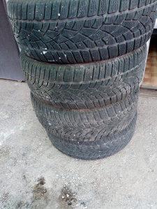 Gume 215/55/17 Dunlop