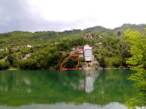 Zemljište na jablaničkom jezeru,plac na jezeru,plac
