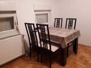 Izdajem namještenu garsonjeru - Banja Luka