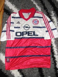Retro dres adidas Bayern Munchen
