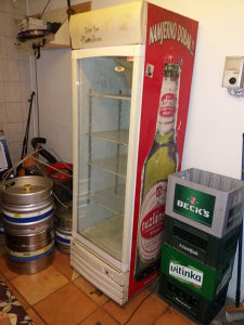 Tri frižidera