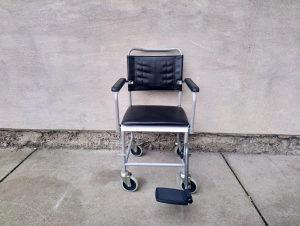 Stolica za invalide