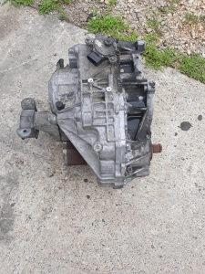 Automatik mjenjac VW T5-2,5 TDI U DIJELOVIMA