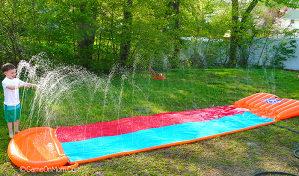 Slajder za djecu vodena staza / tobogan na vodu