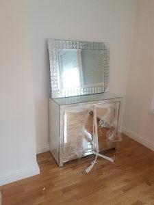 Mirror komoda nova