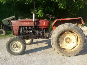 Traktor fiat store 504