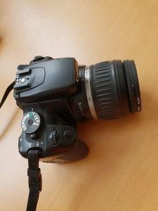 Canon EOS 400D DSLR + EF-S18-55mm