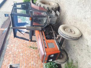 Traktor zetor i massey
