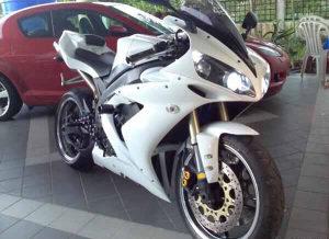 Yamaha R1 2006 DIJELOVI