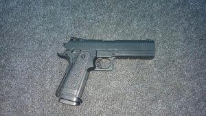 Airsoft pištolj