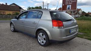 Opel Signum 2.0 dizel stranac 74 kw ili 100 konja. 2004