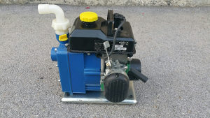 Pumpa za vodu na benziski motor