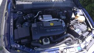Motor 2.0 dizel opel Vektra b,astra,zafira