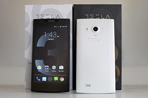Tesla 3 Smartphone