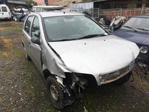 Fiat Punto BIH papiri havarisan dijelovi.