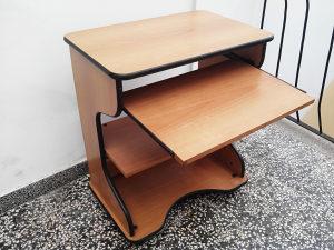 Radni sto za racunar kompjuter