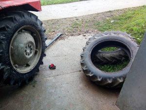 Gume za traktor 11 2 28