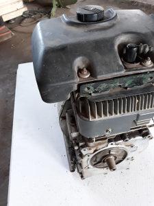 Motor 10 KS za motokultivator ili kosacicu
