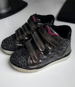 Cipele za djevojčice,vel 25