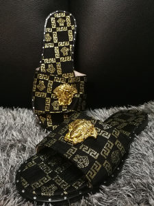 VERSACE PAPUCE