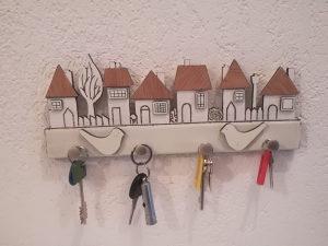 Zidni stalak za ključeve