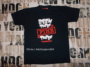 Majica Kratkih Rukava Singapore Velicina L / XL