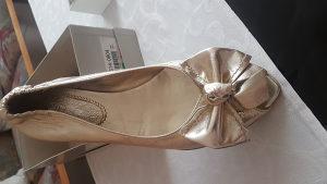 Zenske sandale Bata