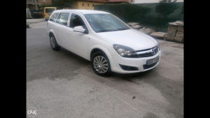 Opel astra 1.7 tdi 2013 god extra stanje