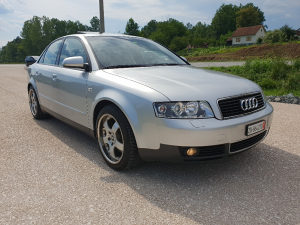 Audi A4 2.4 V6 Automatik MODEL 2003 Uvoz iz CH