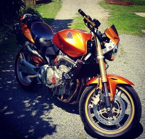 Honda CB600F Hornet PC36